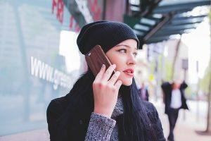photo girl on phone