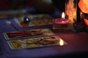 photo tarot cards candle